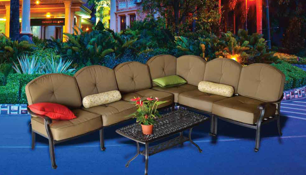 Elizabeth Sectional Seating Group - 21x42 Coffee table, Right - Arm Loveseat, Armless Club Chair, Corner Club Chair, Left - Arm Club Chair